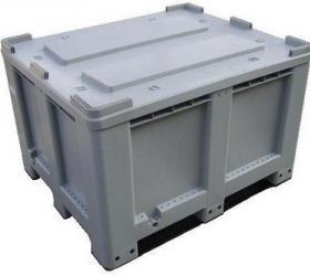 1200 x 1000 x 760 mm alap területű műanyag tartály 2 csúszótalpas